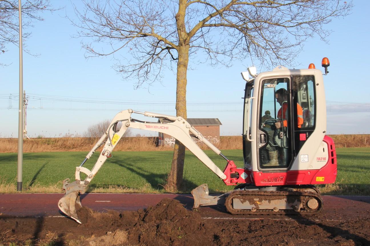 Uitgraven bouwkavel de Kouwe Noord Geffen 3